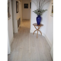 DC002 kit (e). Woca Softwood Lye & Woca Colour Oil 118 extra white floor kit, Work by hand. 56 to 75m2.    (DC)